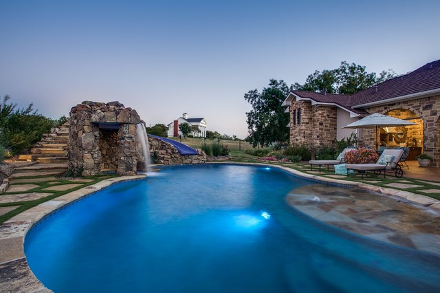 Value of a yard pool