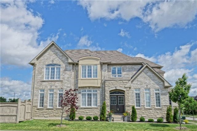 Santa Amato Crescent Thornhill Vaughan